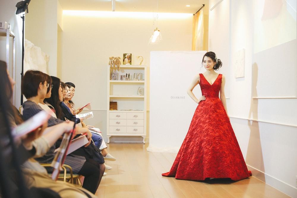 ダリ|赤|グランマニエのカラードレス