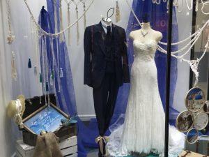 【シルヴィー】気品あふれるマーメイドドレスを展示