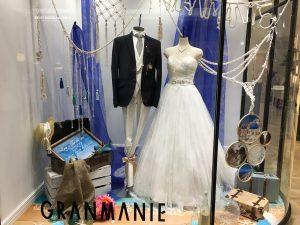【エーダ】透明感あるホワイトチュールの華やかなドレスを展示